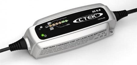 chargeur-ctek-xs0-8